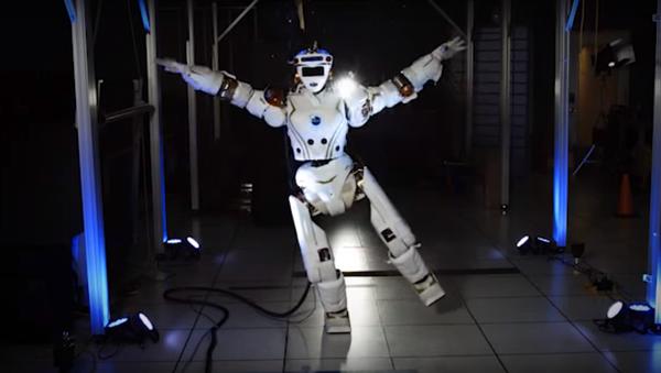 Le robot R5 Valkyrie - Sputnik France