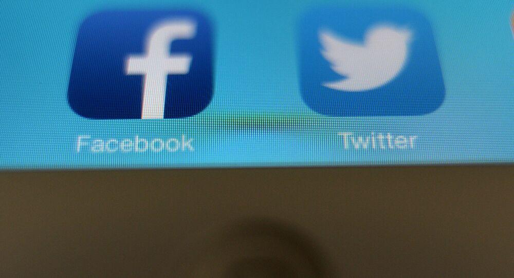 Twitter et Facebook