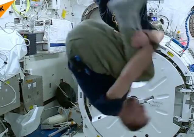 Une expérience vertigineuse à bord de la Station spatiale internationale