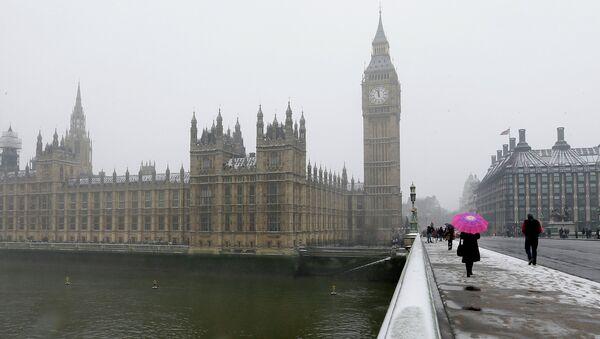 Le Palais de Westminster où siège le parlement britannique - Sputnik France