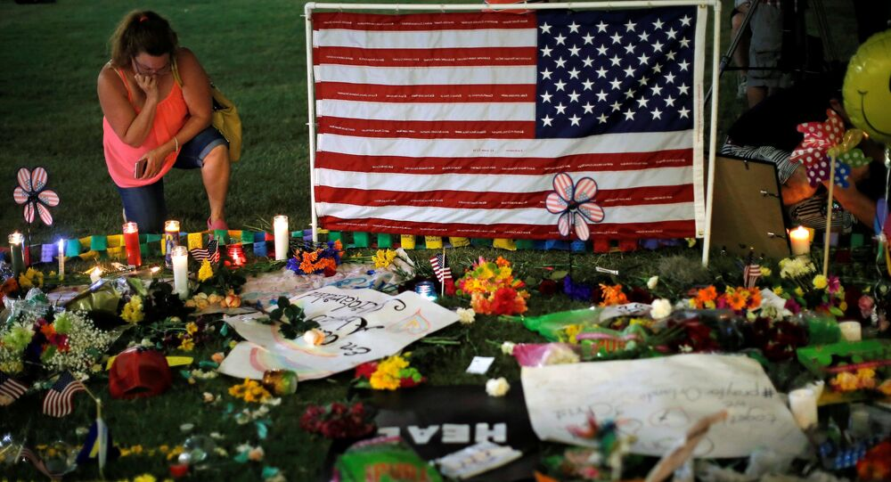 La fusillade qui a éclaté dans la nuit du 11 au 12 juin dans le night-club gay Pulse d'Orlando, en Floride, a fait 49 morts et 53 blessés.