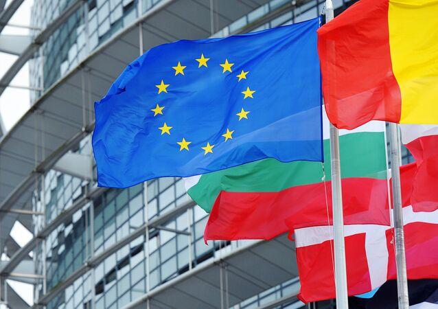 Le drapeau de l'UE devant le siège du parlement européen à Strasbourg (photo d'archives)