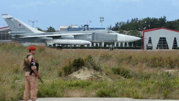 A la base aérienne russe à Hmeimim - Sputnik France