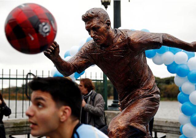 Monument à Lionel Messi à Buenos Aires