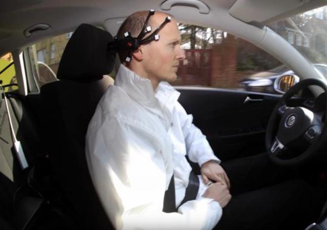 La Chine invente la première voiture contrôlée par la pensée