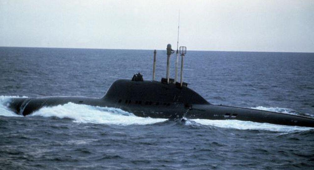 Les USA testent un robot-trimaran destiné à intercepter des sous-marins