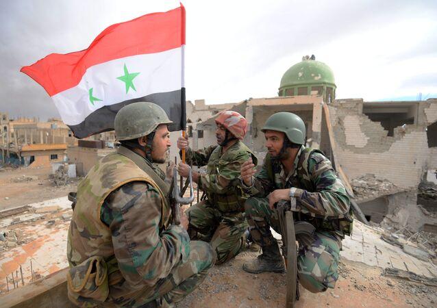 Des militaires syriens