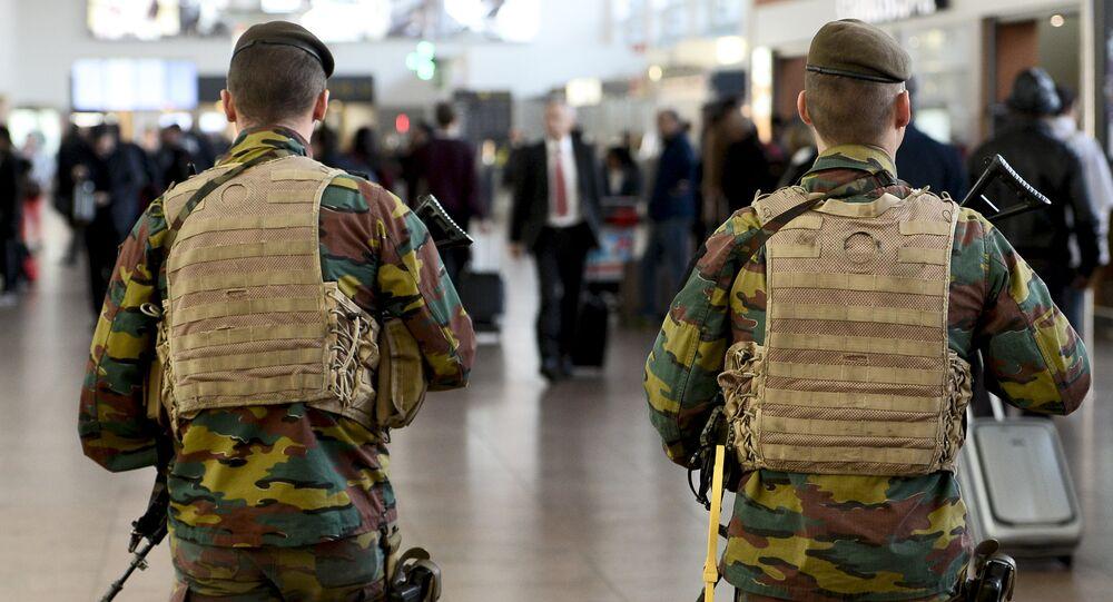 Patrouille antiterroriste à l'aéroport Zaventem de Bruxelles
