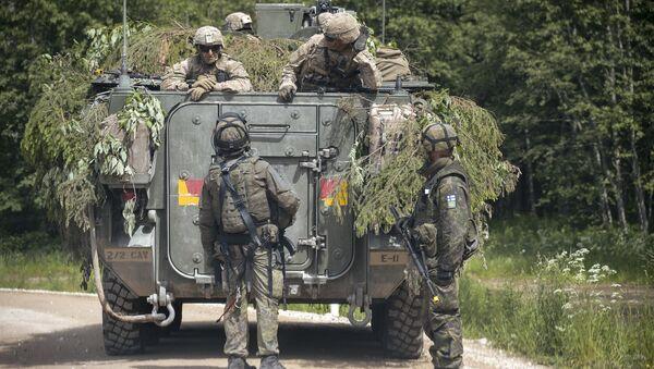 Militaires de l'Otan lors d'un exercice en Estonie - Sputnik France