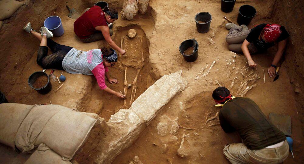 la découverte d'un cimetière de Philistins anciens