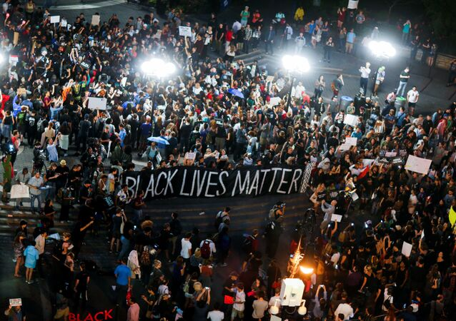 Black Lives Matter: manifestation contre les violences policières à New York