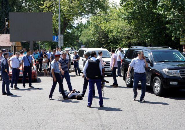 Fusillade dans l'ex-capitale du Kazakhstan, des policiers morts