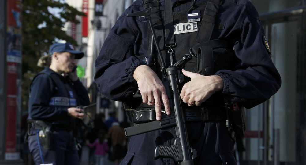 Deux filles djihadistes interpellées à Nice