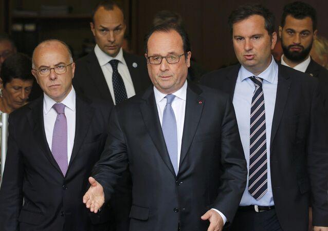 Hollande exhorte à détruire la Jungle de Calais