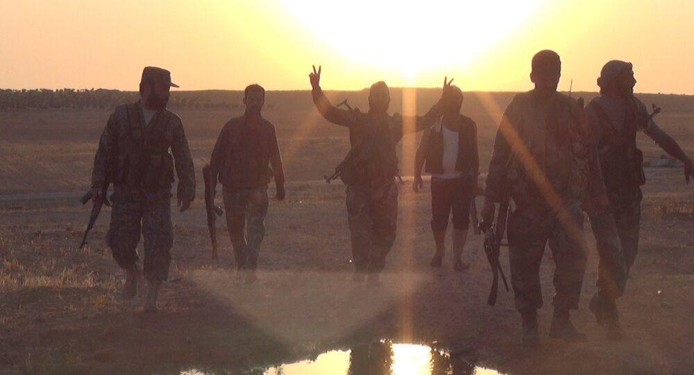 L'armée syrienne avance dans le désert