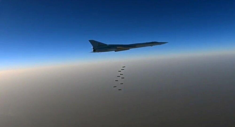 Un Tu-22M3 dans le ciel syrien