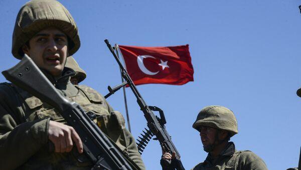 Militaires turcs (image d'illustration) - Sputnik France