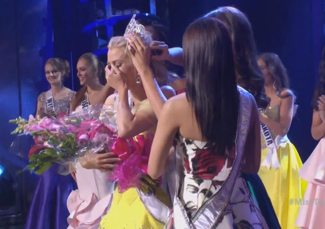 La gagnante du concours de beauté Miss Teen USA Karlie Hay