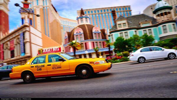 De l'importance de préférer les taxis jaunes et de fuir les bleus - Sputnik France