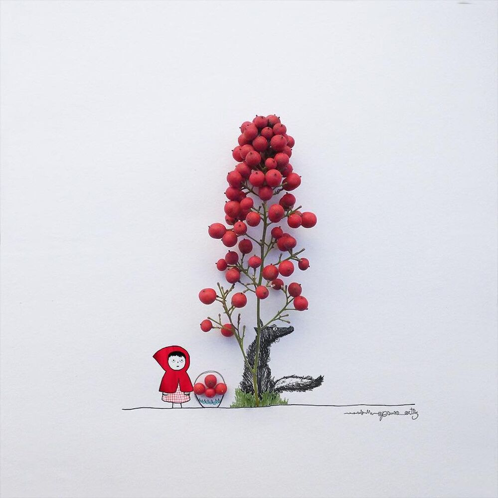 Imaginative Magician Turns Flowers and Everyday Objects into Art