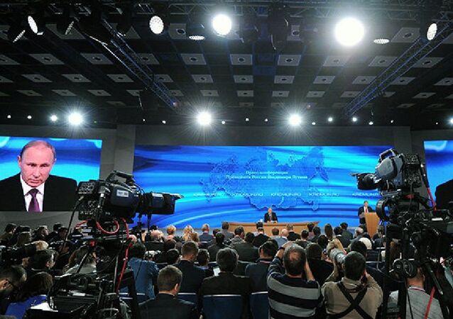Poutine : il y a des questions à poser au gouvernement et à la Banque centrale