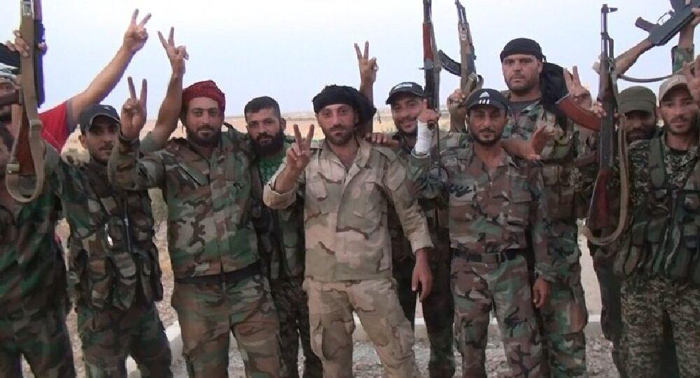 L'armée syrienne poursuit sa progression dans le désert