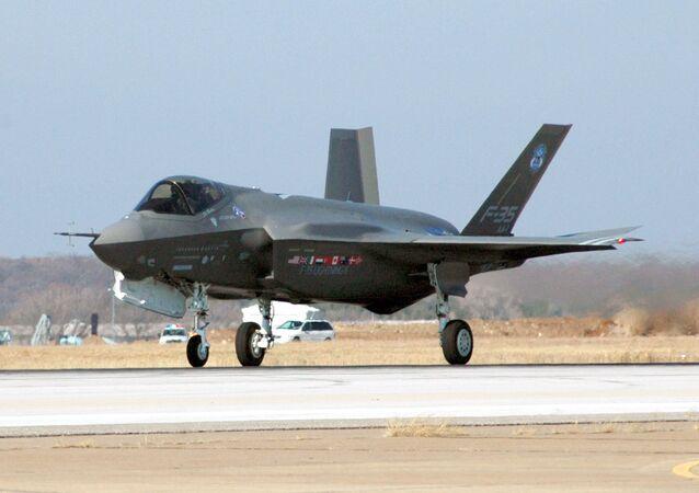 Un F-35 américain
