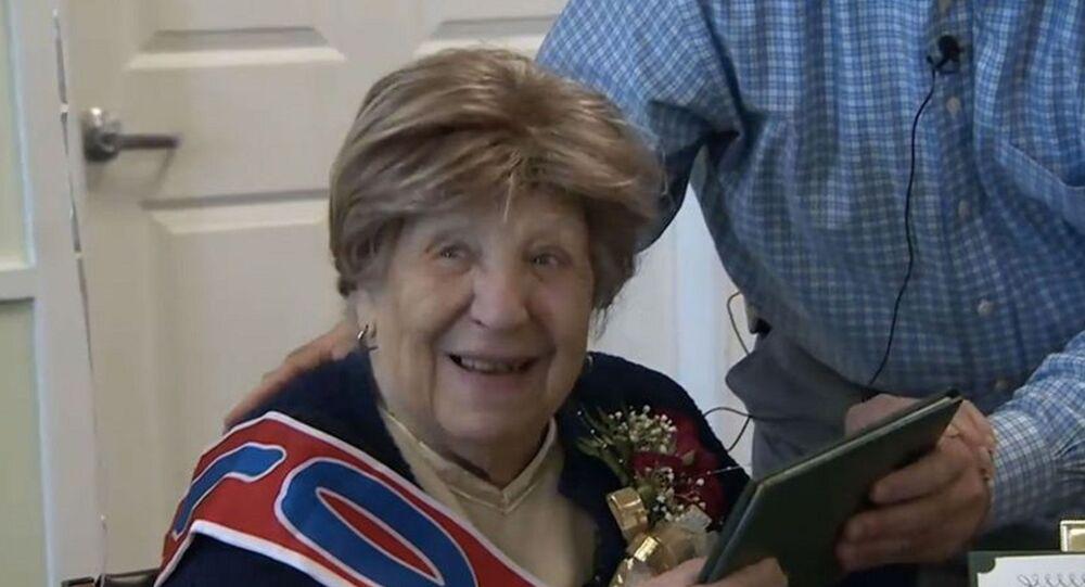 A 100 ans, elle obtient enfin son premier diplôme