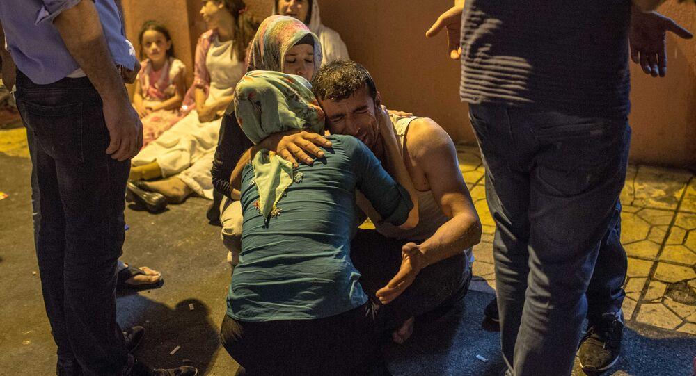 l'attentat à la bombe lors d'un mariage en Turquie