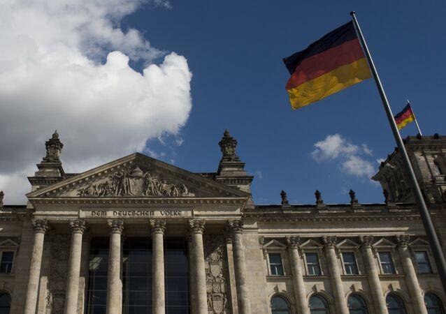Un candidat au poste de Chancelier allemand prône la levée des sanctions antirusses