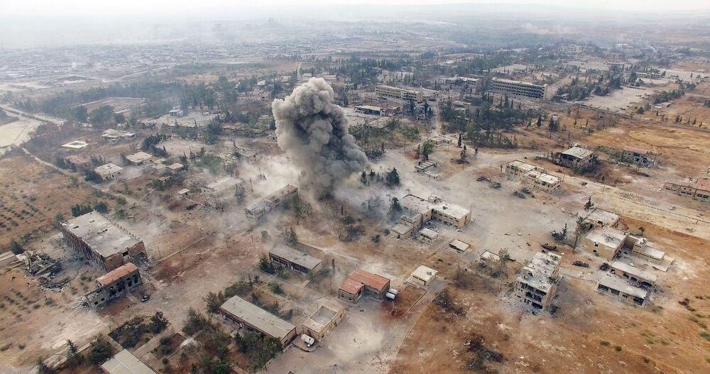 Des frappes aériennes sur les terroristes dans le sud-est d'Alep