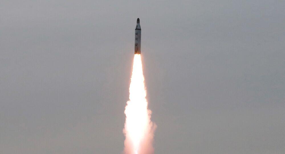 Missile tiré depuis un sous-marin nord-coréen