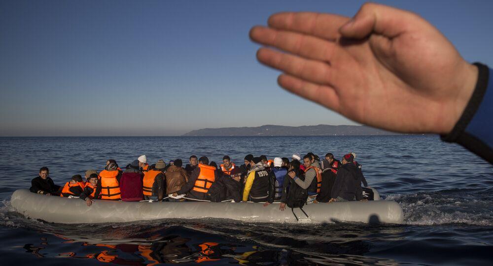 Migranten erreichen die griechische Ostägäisinsel Lesbos