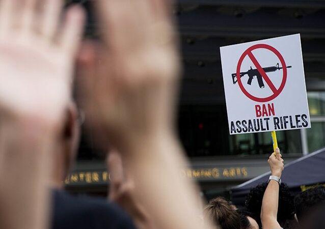 Bruxelles demande aux Suisses de rendre les armes