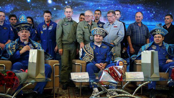 L'équipage de l'ISS atterrit au Kazakhstan - Sputnik France