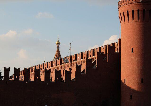Dominique de Villepin: «On ne cesse d'écarter et  d'exclure la Russie»