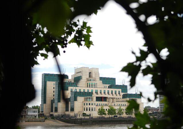 Le MI6, Londres