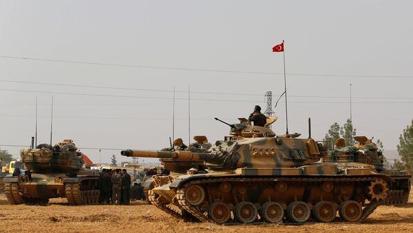 L'armée turque à la frontière syrienne - Sputnik France
