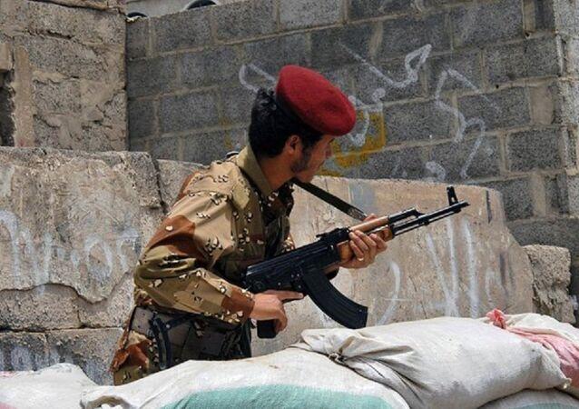 Un soldat yéménite