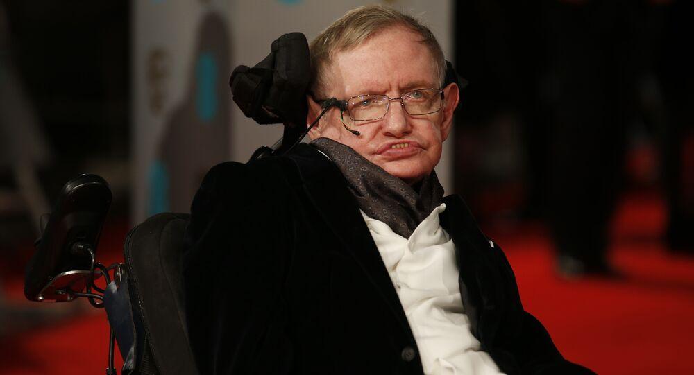 Le scientifique britannique Stephen Hawking, le 8 févirier 2015