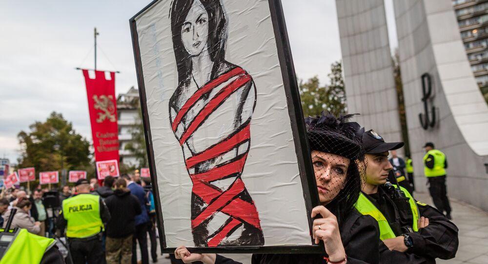 Des Polonaises dans la rue contre l'interdiction quasi-totale de l'IVG