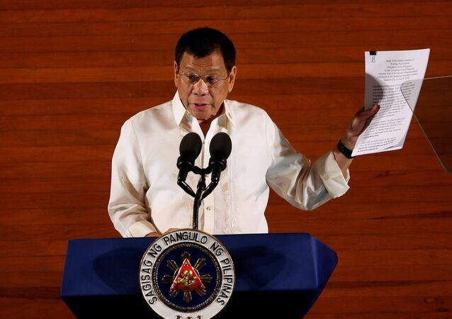 Une menace de destitution pèse sur Duterte