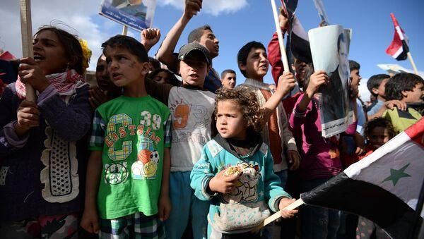 Distribution de l'aide humanitaire russe en Syrie - Sputnik France