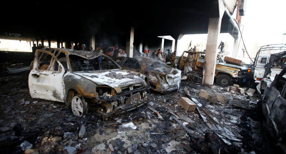 Le site à Sanaa qui a été la cible d'une frappe aérienne de la coalition arabe