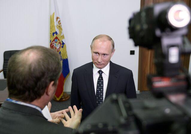 Interview de Vladimir Poutine à la chaîne TF1