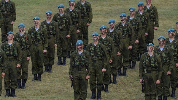 Des parachutistes russes en Afrique pour des manœuvres conjointes avec l'Égypte - Sputnik France