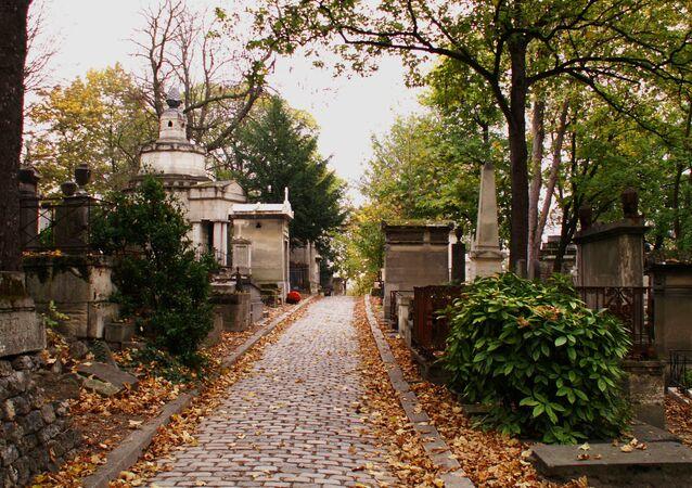 Un cimetière. Image d'illustration