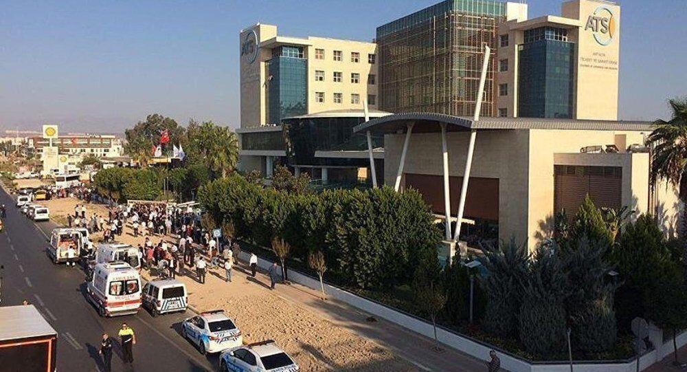 une forte explosion près de la CCI d'Antalya