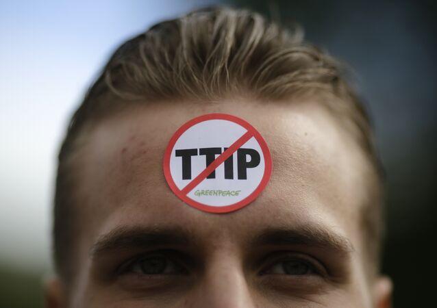contre le TTIP