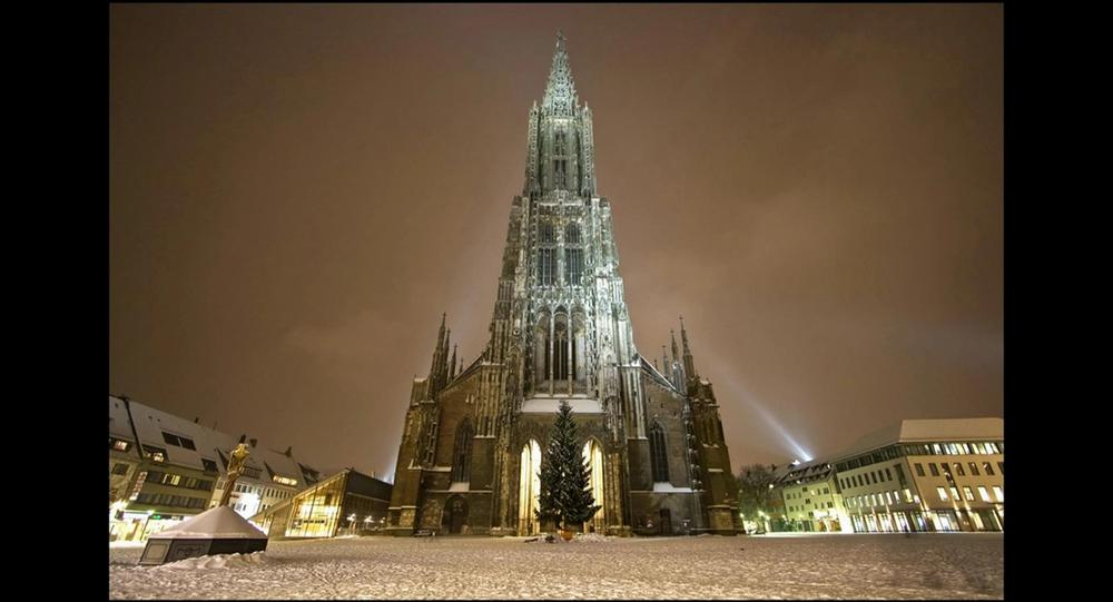 La plus grande cathédrale du monde menacée par les pisseurs sauvages